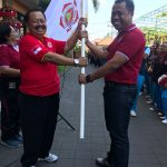 Penyerahan Bendera Alumni
